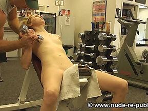 Workout Virgin Chloe Parker